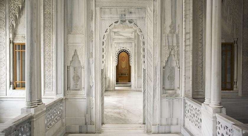 Ciragan Palace Kempinski Istanbul Luxury Hotel
