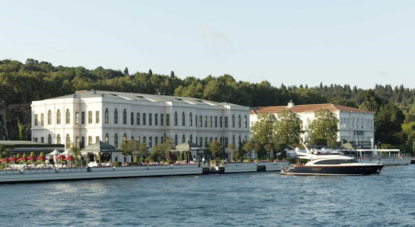 Four Seasons Bosphorus Istanbul Luxury Hotel