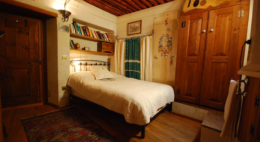 Kalekonak Cave Boutique Hotel Room