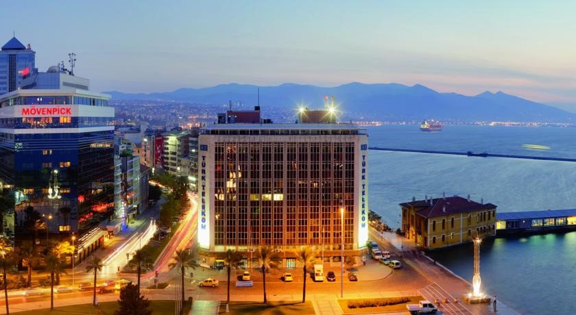 Movenpick Hotel Izmir Luxury Hotels