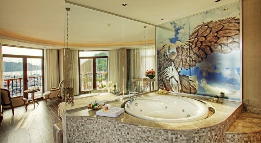 Marti Hemithea Hotel Suites