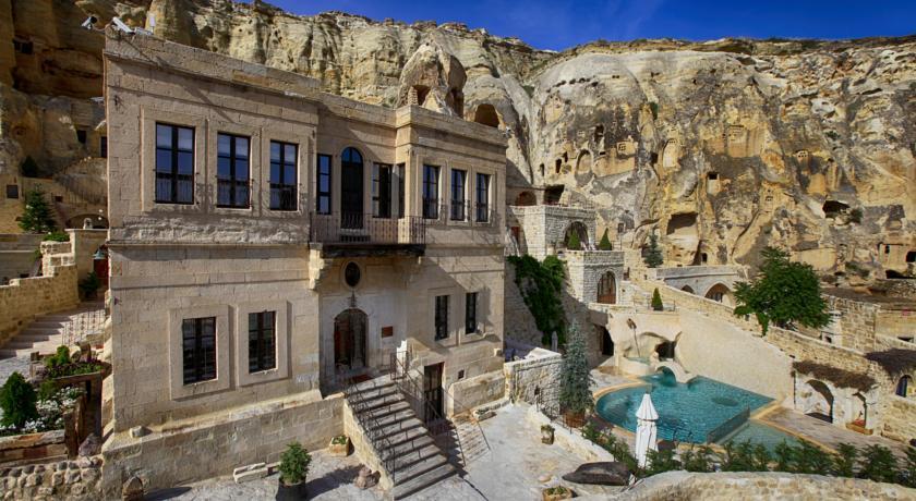 Yunak Cave Hotel Cappadocia Pool Turkey
