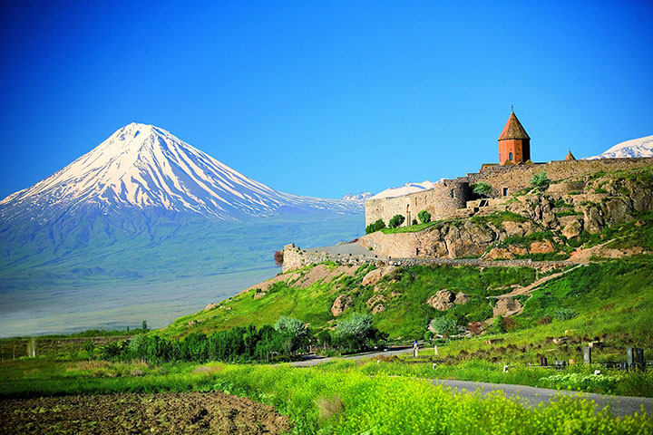 Mountaineering Ararat