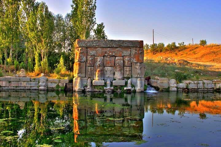 Konya Eflatun Pinar