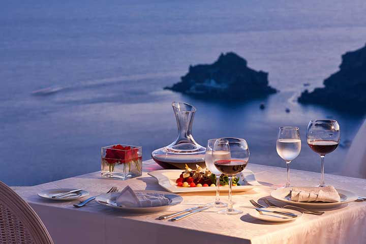 Luxury Honeymoons Greek Dinner