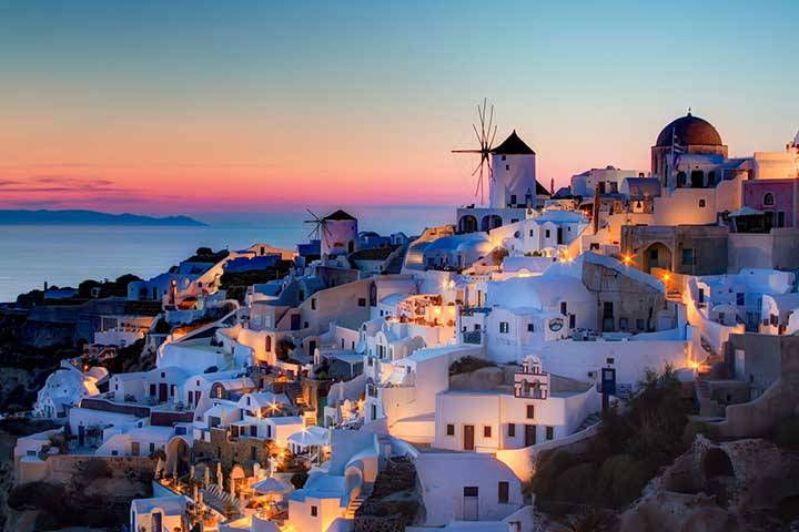 Luxury Honeymoons Santorini