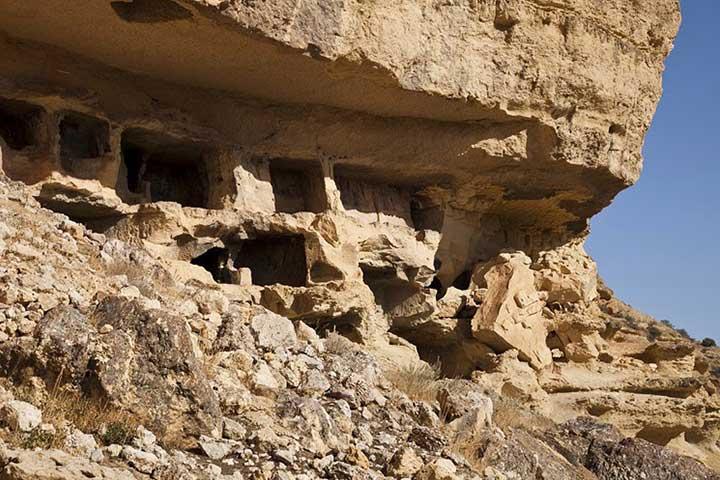 Manazan Caves Karaman