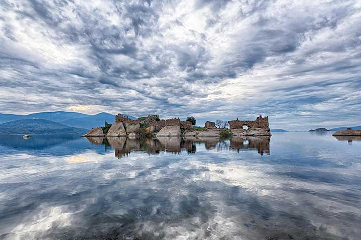 Most Amazing Bafa Lake